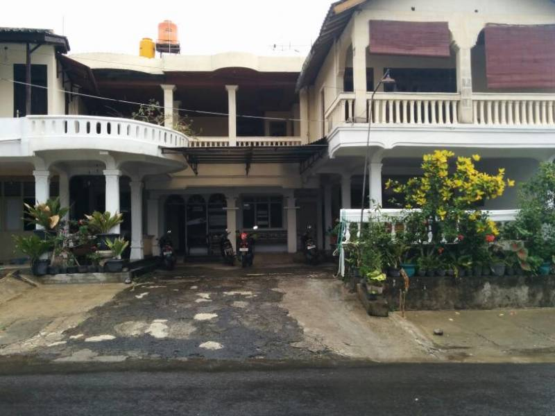Lotus 1 Guest House And Restaurant